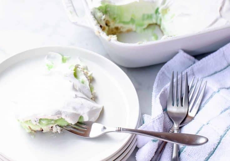 Pistachio Dream Bars - Easy Whipped Cream Dessert